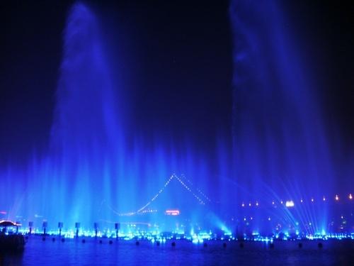 Fontanny, lasery i muzyka (3)