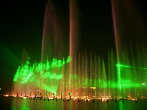 Fontanny, lasery i muzyka (4)