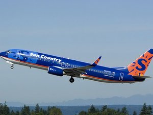 Sun Country Airlines Boeing 737-8Q8